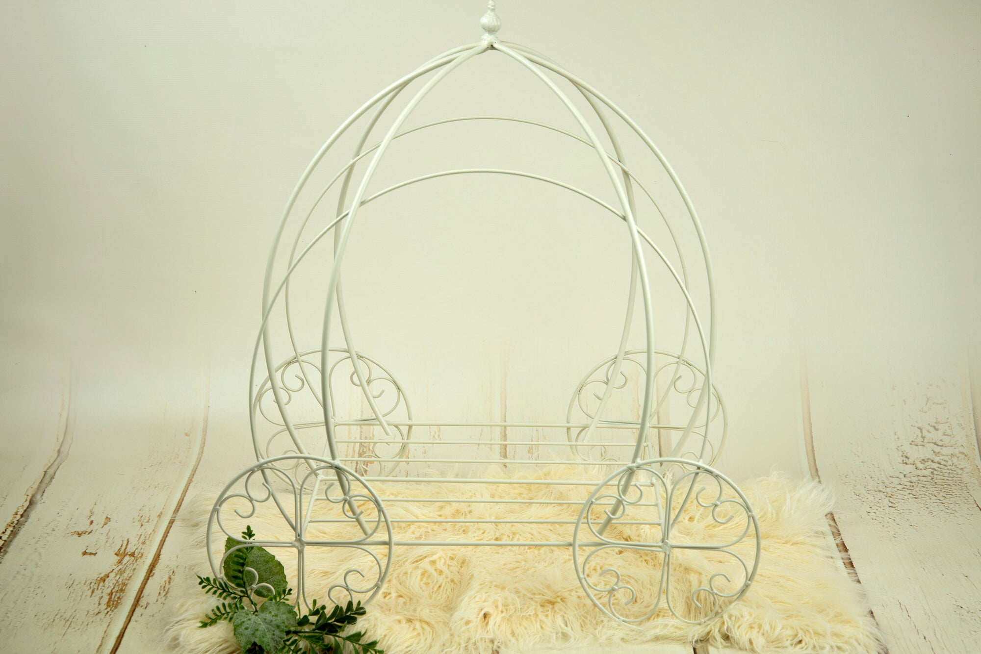 Wire Pumpkin Carriage - Model 1