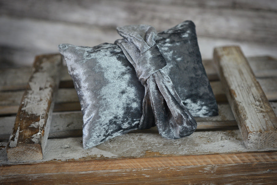 Bandana and Mini Pillow - Velvet - Silver