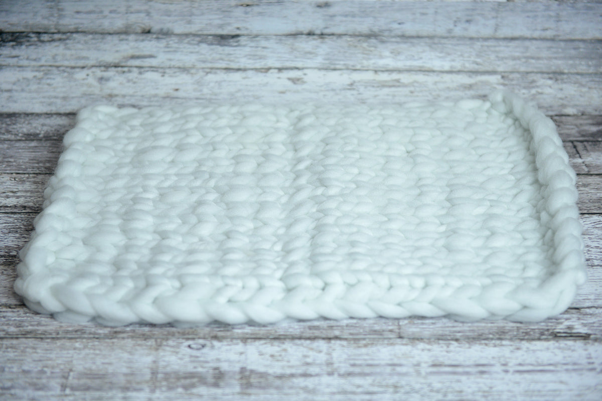 Knitted Thick Yarn Blanket - White-Newborn Photography Props