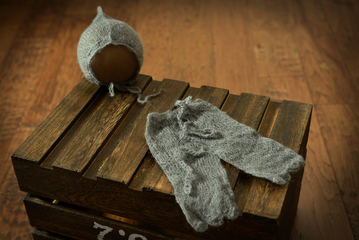 SET Mohair Pants and Adjustable Pointy Bonnet - Gray-Newborn Photography Props