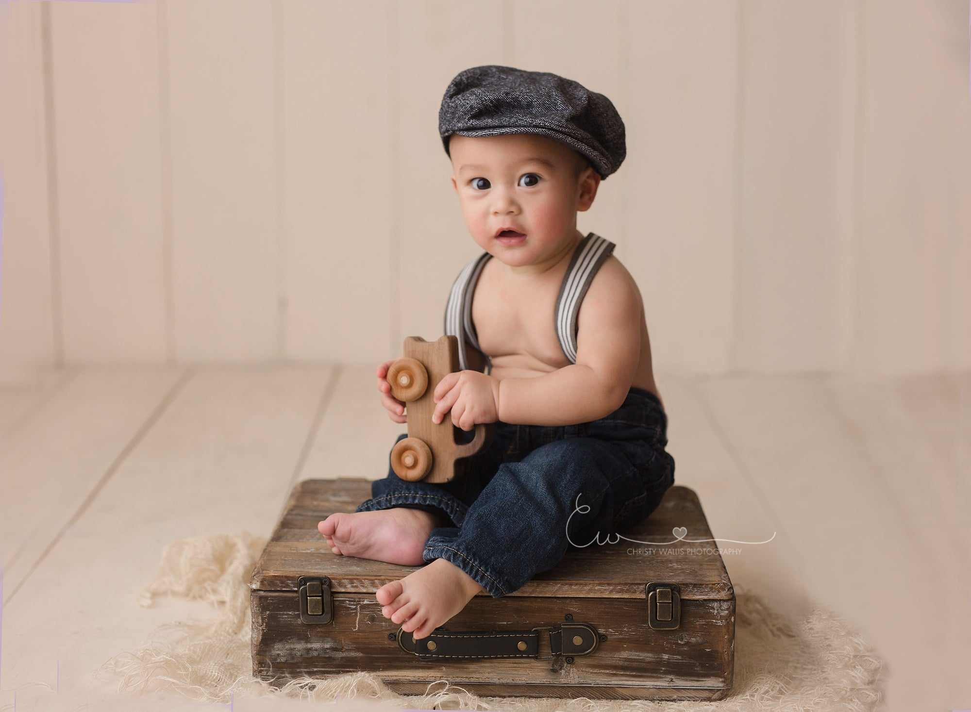 Suitcase Prop for baby photography
