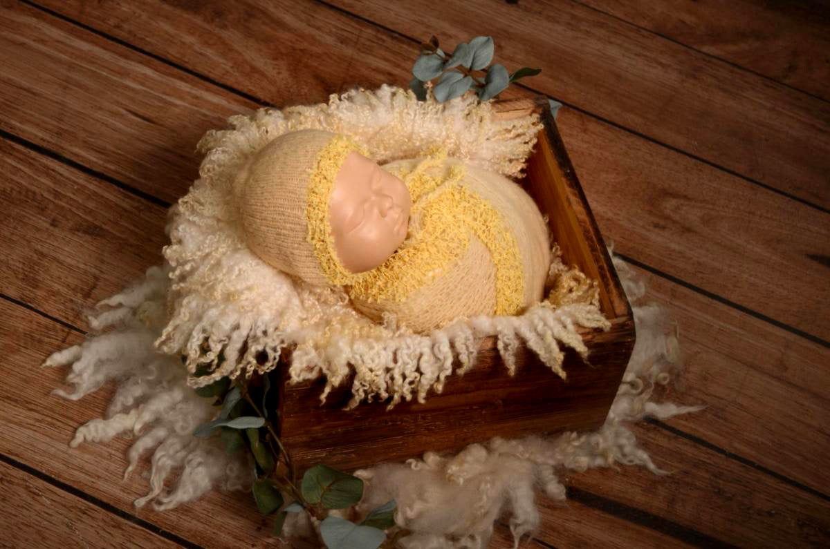 SET Fantasy Mohair Bonnet and Wrap - Light Yellow-Newborn Photography Props