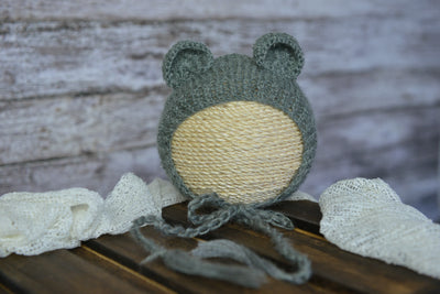 Mohair Bear Bonnet for baby photography