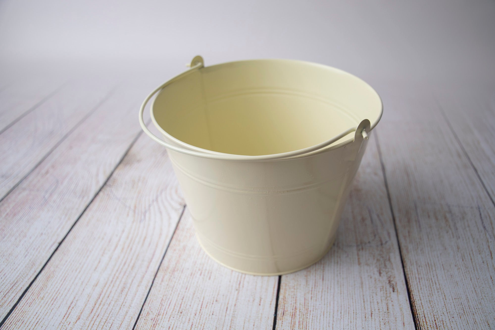 Vintage Bucket - Yellow