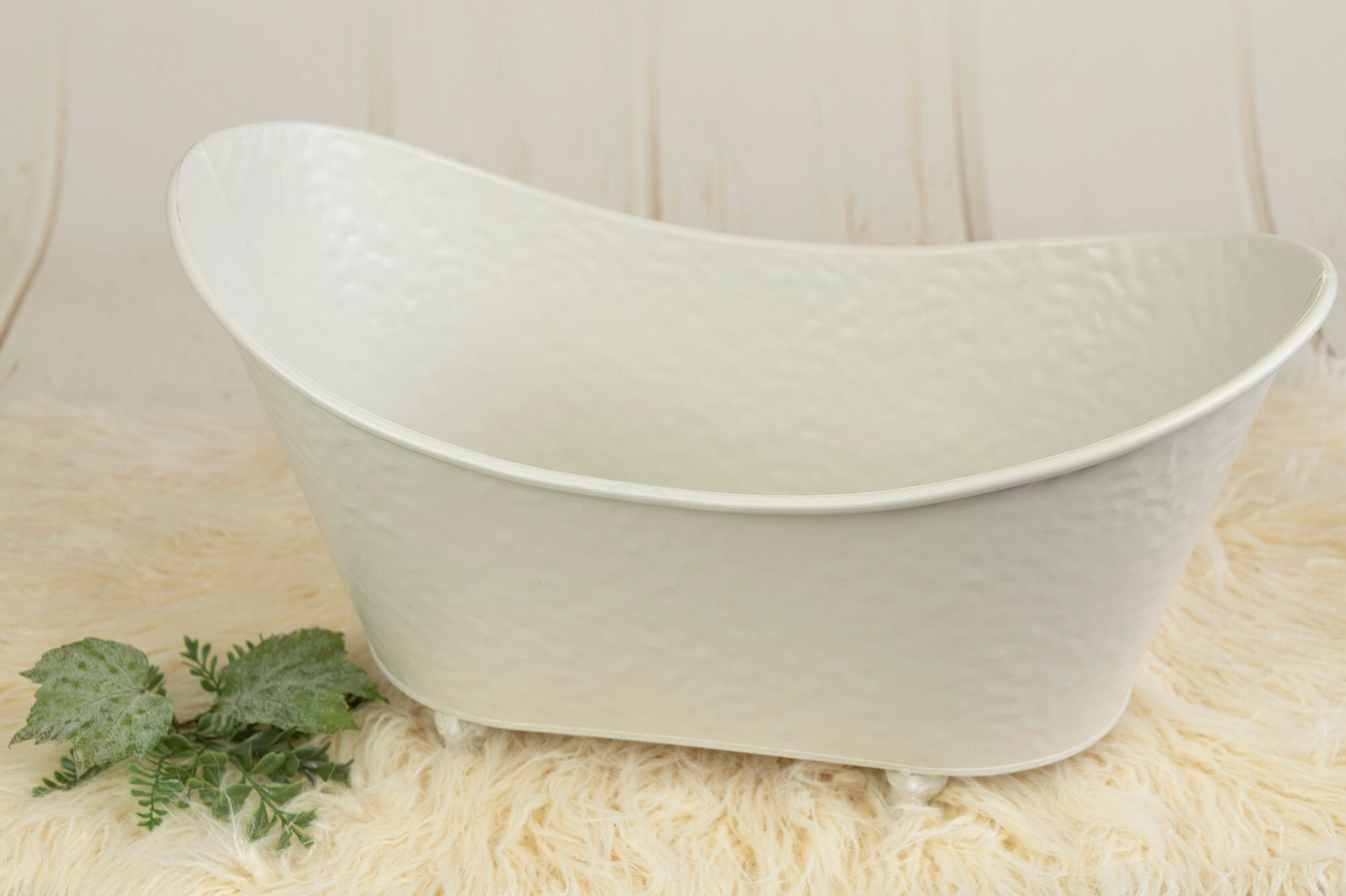 Footed Vintage Bathtub - Bumpy Textured - White