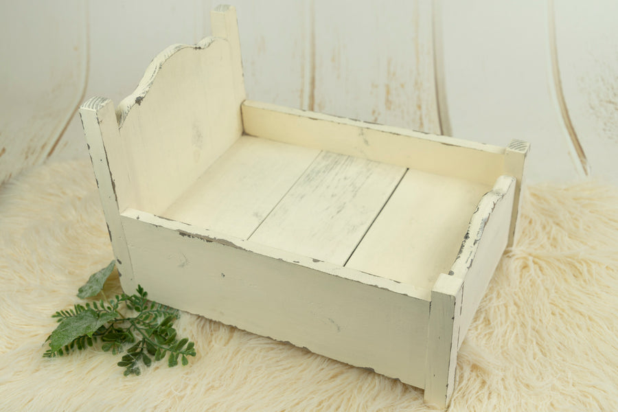 Vintage Bed - Classic Model 1 - Cream