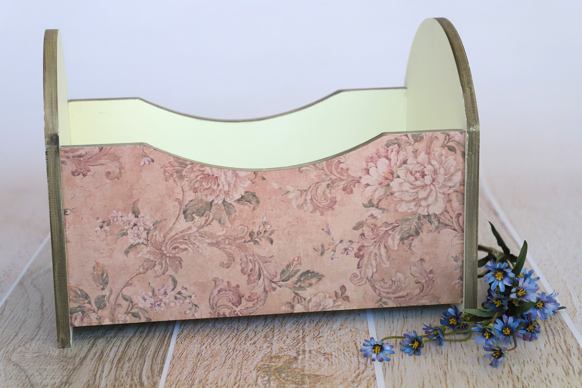 Vintage Crib - Curved - Light Yellow Printed Side