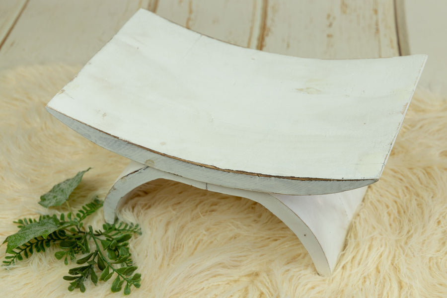 Curved Vintage Bench - Model 3 - White