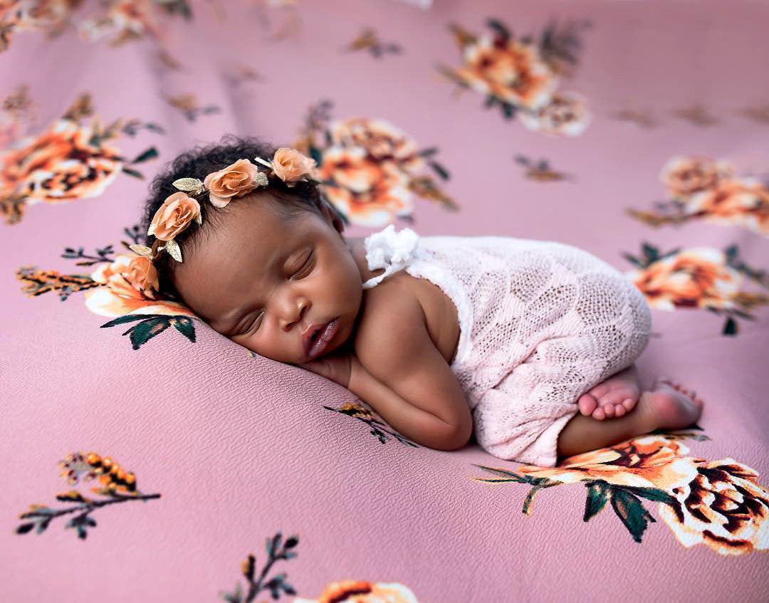 Mini Pillows for Newborn Photography posing
