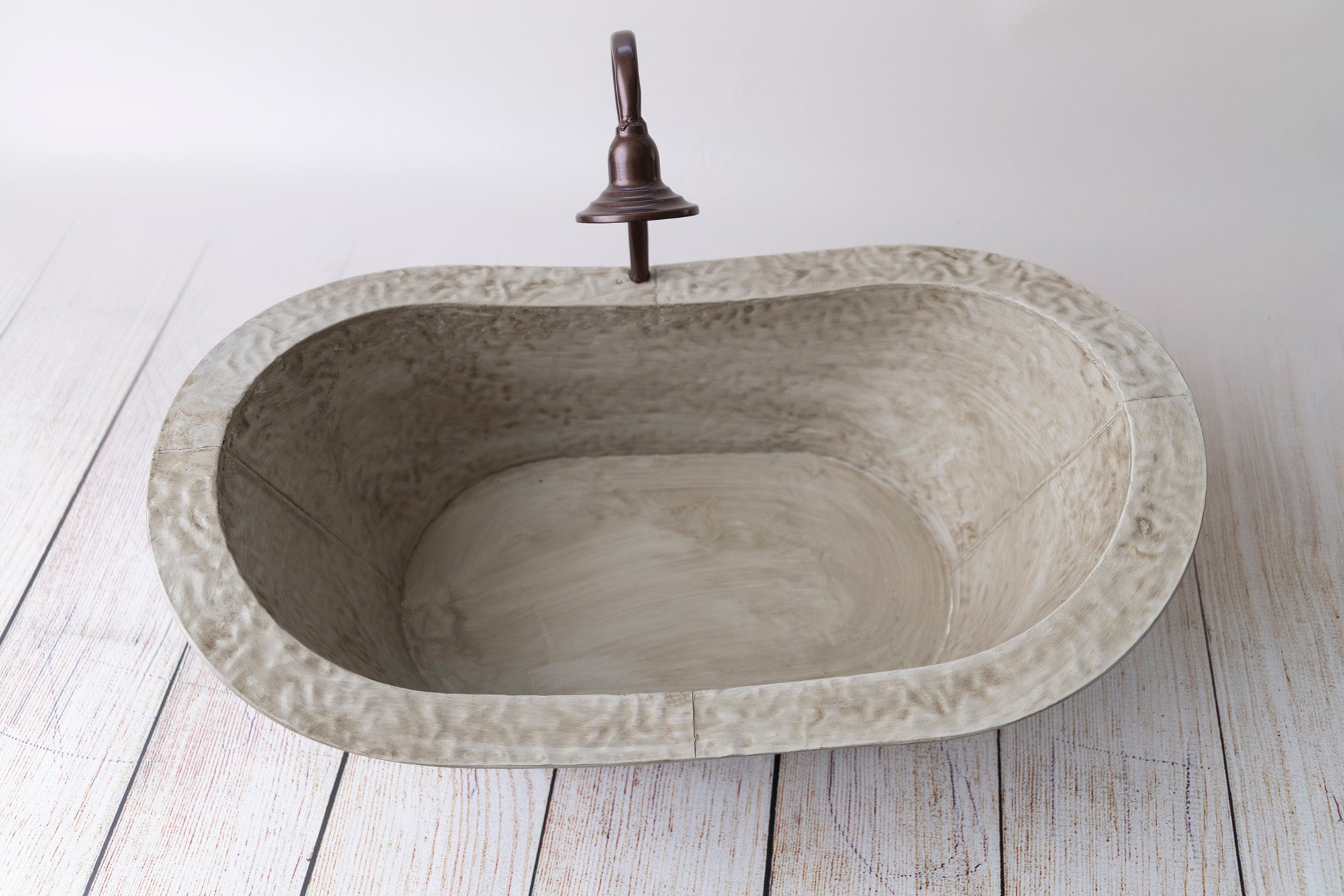 French Bateau Clawfoot Bathtub