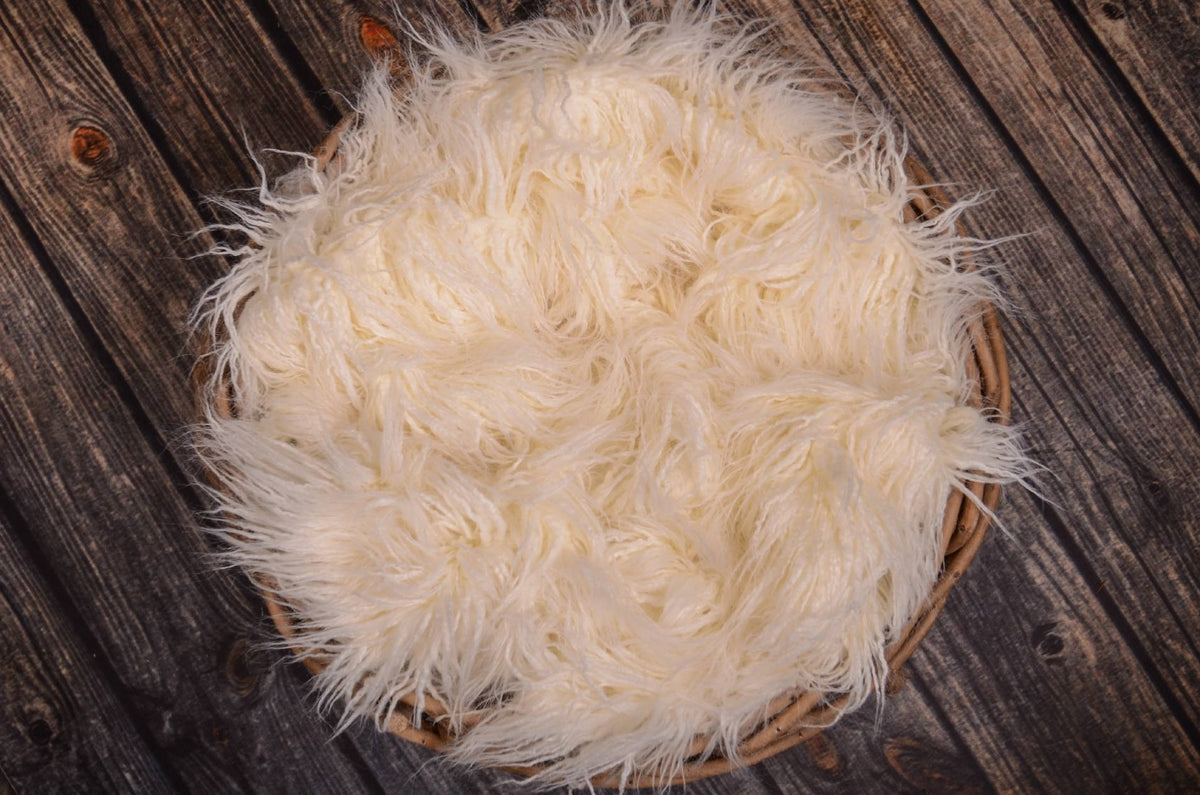 Mongolian Faux Fur - White-Newborn Photography Props
