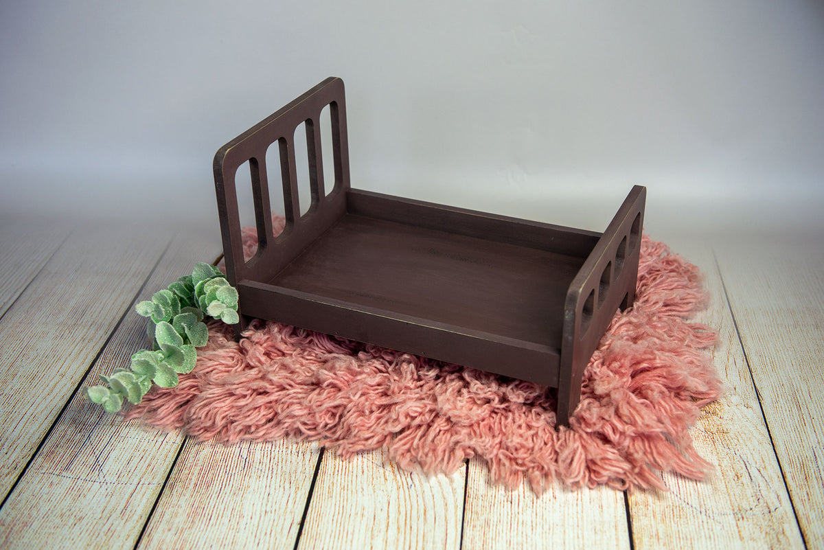 Rustic Bed - Straight Headboard with Curved Spindles - Brown