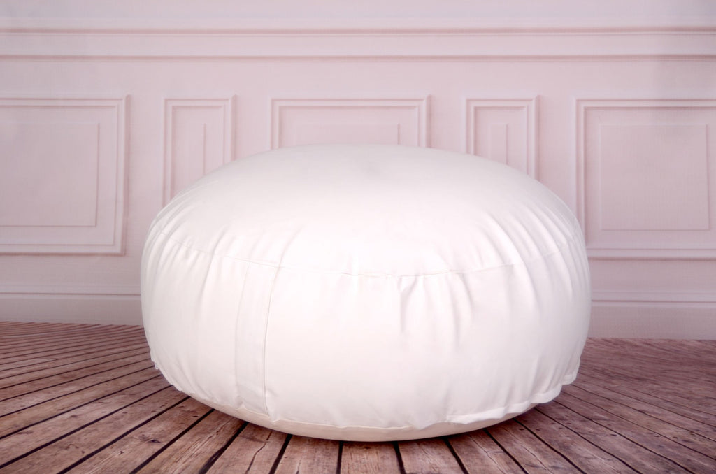 delivered without filling  we advise that it be filled with approximately 180 liters of polystyrene beads  you can find it on amazon walmart or joann  posing bean bag for newborn photography 33in  diameter  unfilled      rh   newbornstudioprops