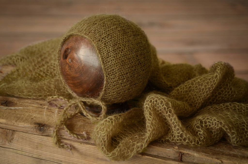 SET Mohair Knit Baby Wrap and Bonnet - Olive