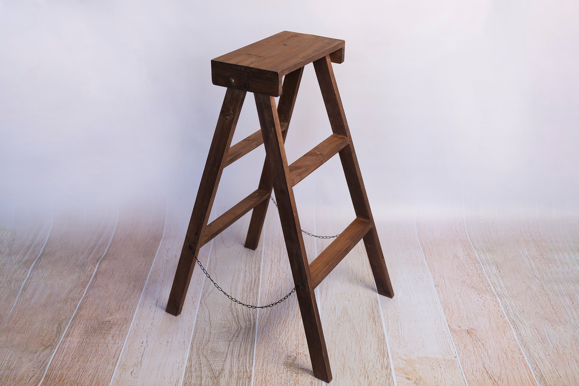 Wooden Step Ladder - Brown