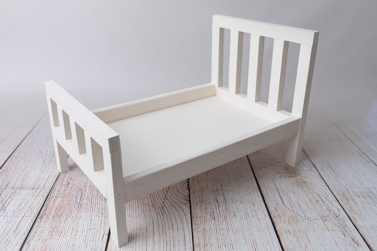 Rustic Bed - Straight Headboard - White