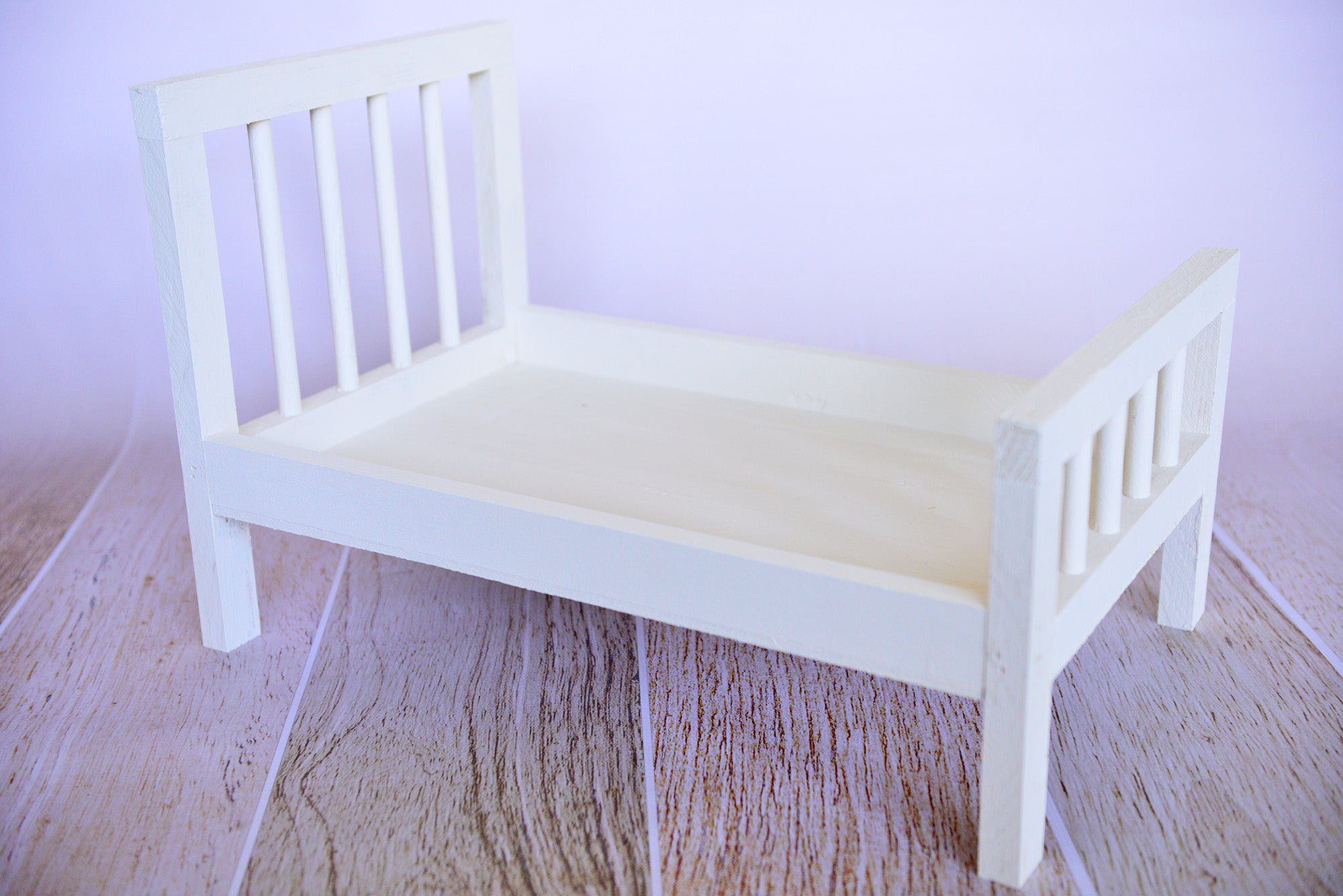 Rustic Bed - Straight Headboard with Spindles - White