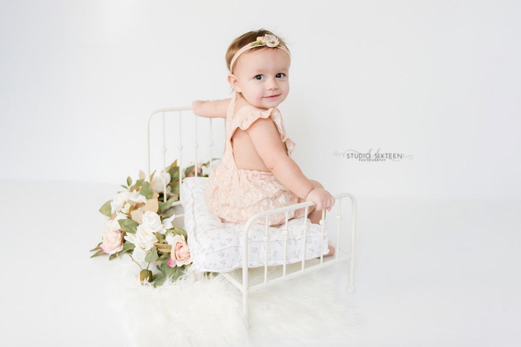 Vintage Bed - White Model 2-Newborn Photography Props