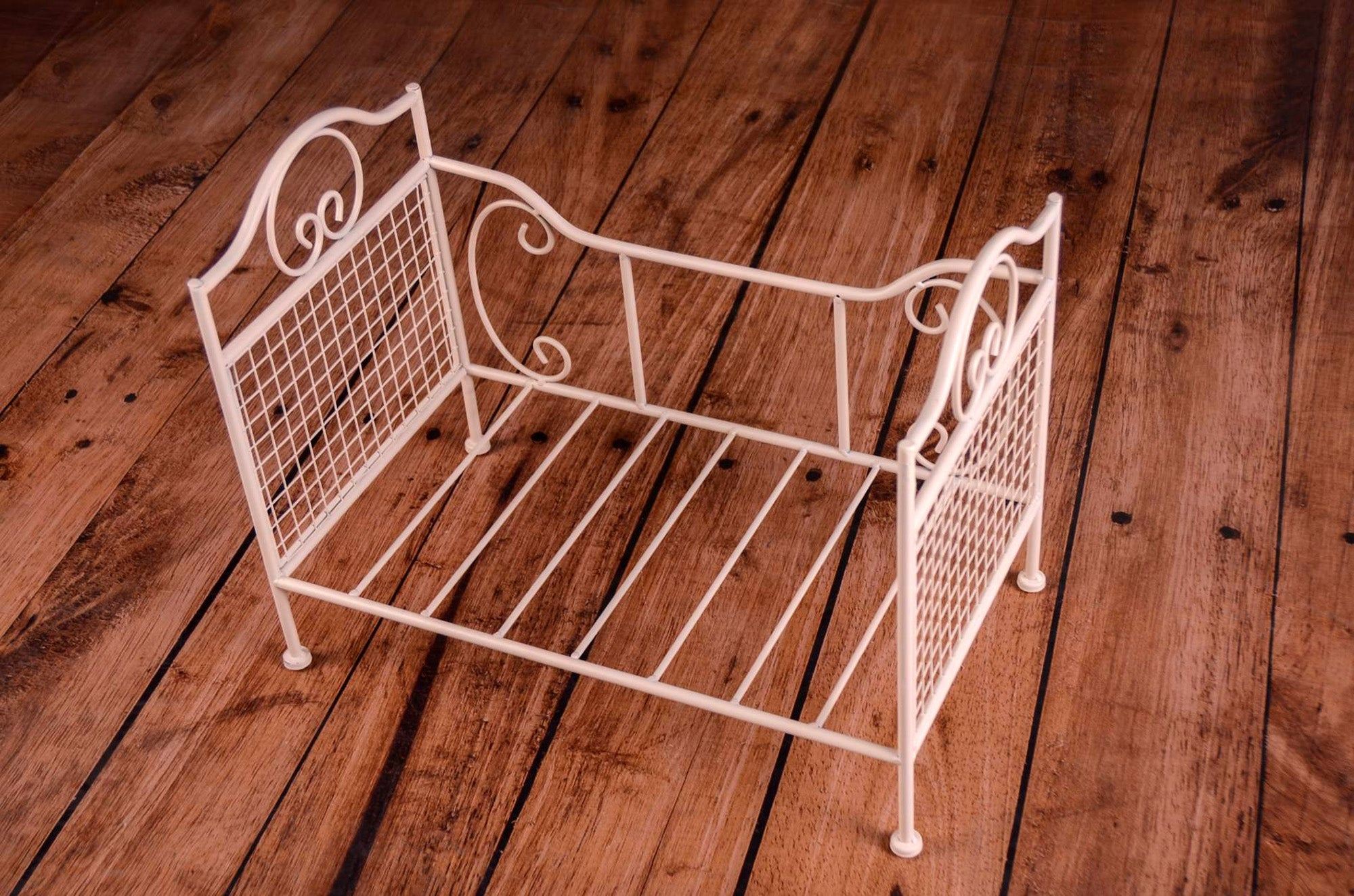 Vintage Bed Newborn Photography Prop