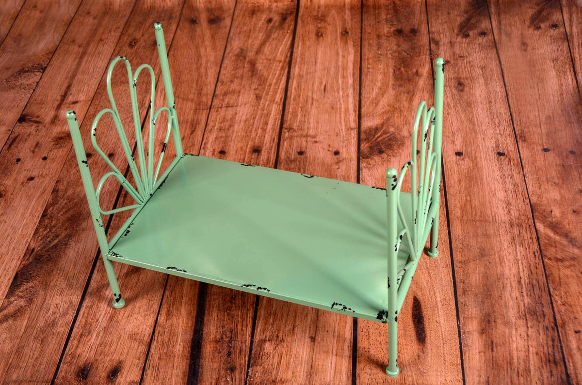 Vintage Bed - Green Flower Style Headboard - Solid Base-Newborn Photography Props