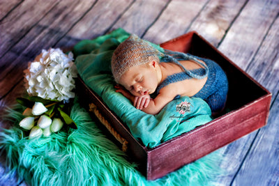 Rustic Crate - Burgundy-Newborn Photography Props