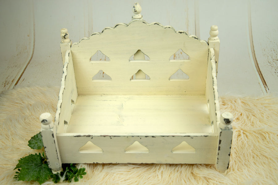 Vintage Daybed - Royal - Cream