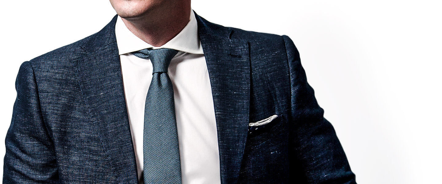 AKLASU Grenadine Tie With Four-in-Hand Knot & Spread Collar