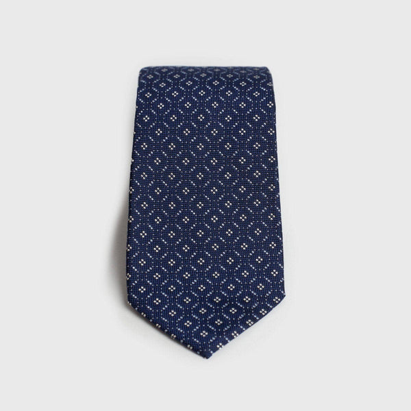 Blue And White Patterned Six-Fold Silk Tie - Aklasu