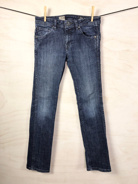 Long-sleeve tee, 6Y