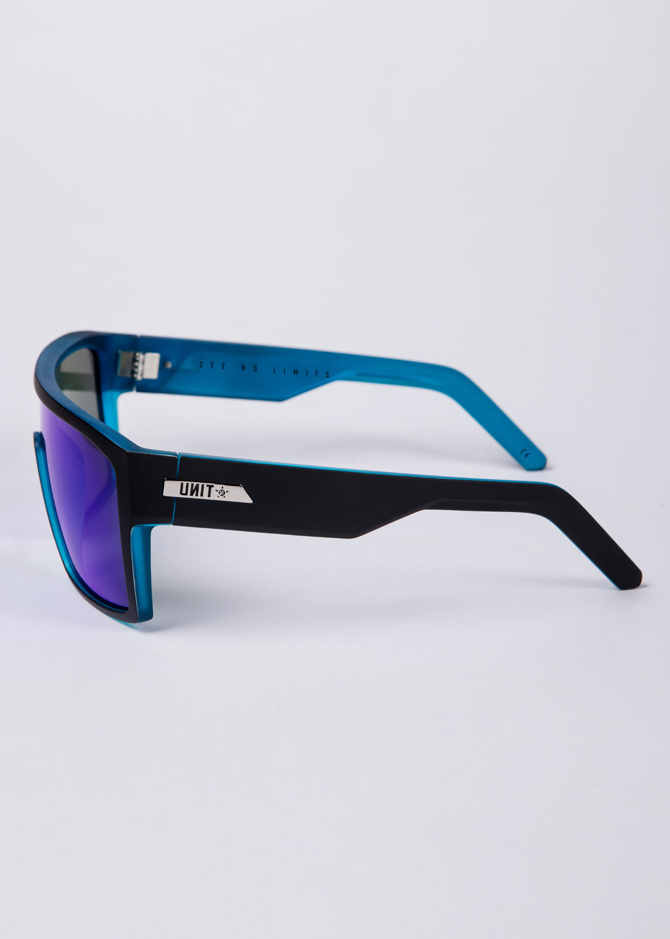 UNIT Sunglasses Command -  Black Sky Polarised