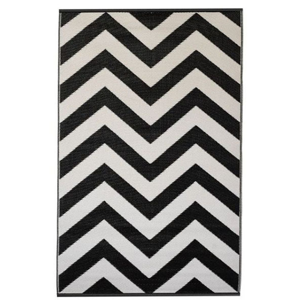 Laguna Black And White Chevron Recycled Plastic Outdoor Rug And Mat