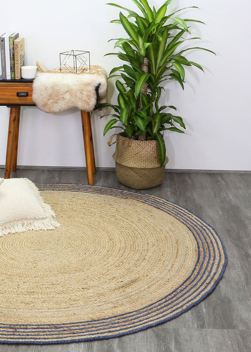 Capri Natural Round Navy Boarder Rug