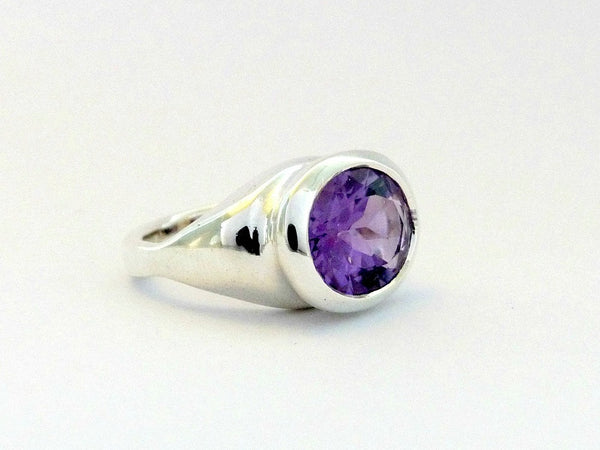 Jane Eyre Ring