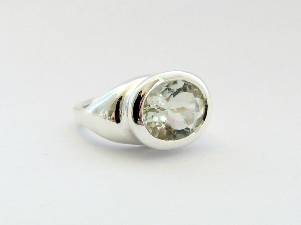Jane Eyre Ring - Mint Quartz