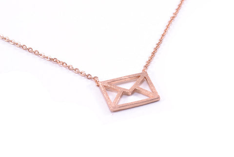 Letter Lover Necklace Rose Gold