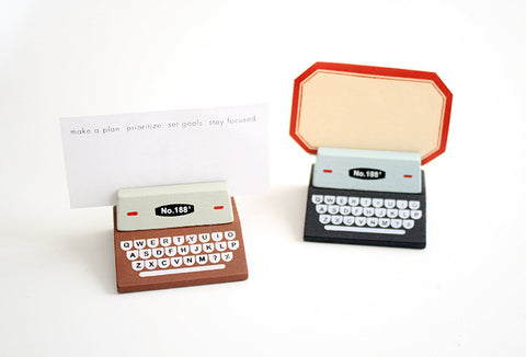 Typewriter Memo Holder