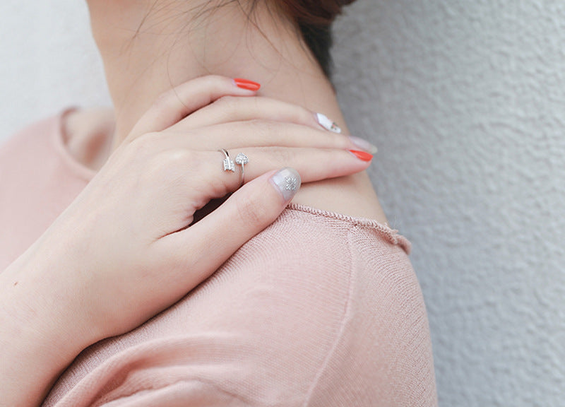 Fashion ring for lover gift.