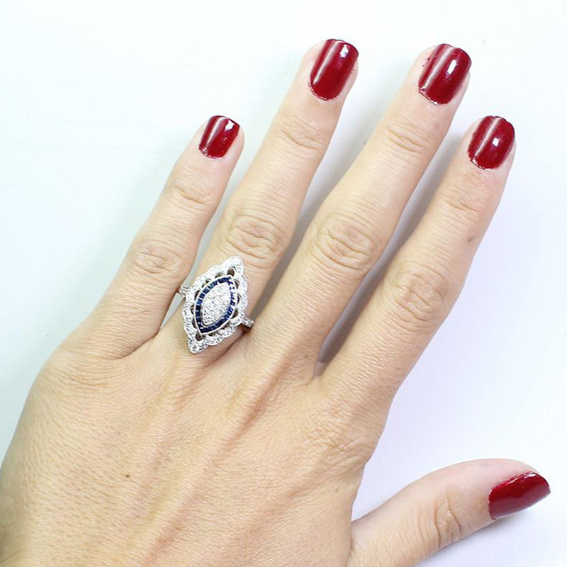 Vintage Oval Shape Silver Sapphire Engagement Ring