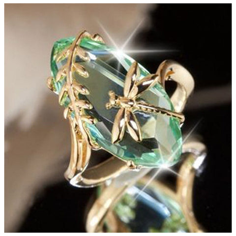 Oval Emerald Dragonfly Ring - TSZjewelry