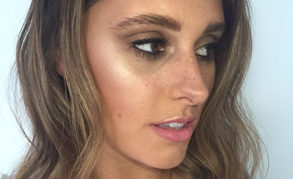 5 Tips for a Summer Glow Makeup Look