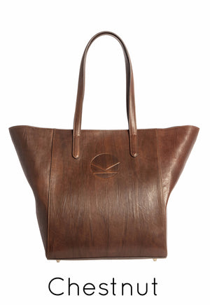 KYARI Chestnut Overnight Bag - Made in Italy. Italian leather.