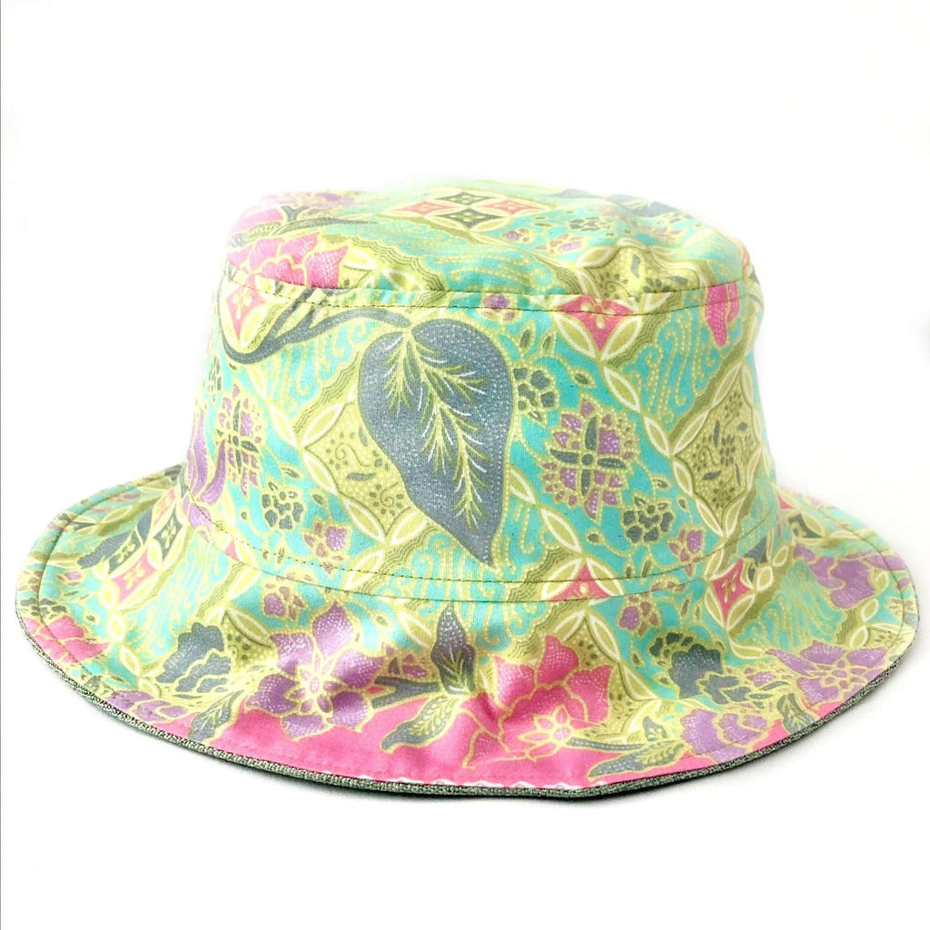 Pink N' Proper:Batik Bucket Hat in Apple Green