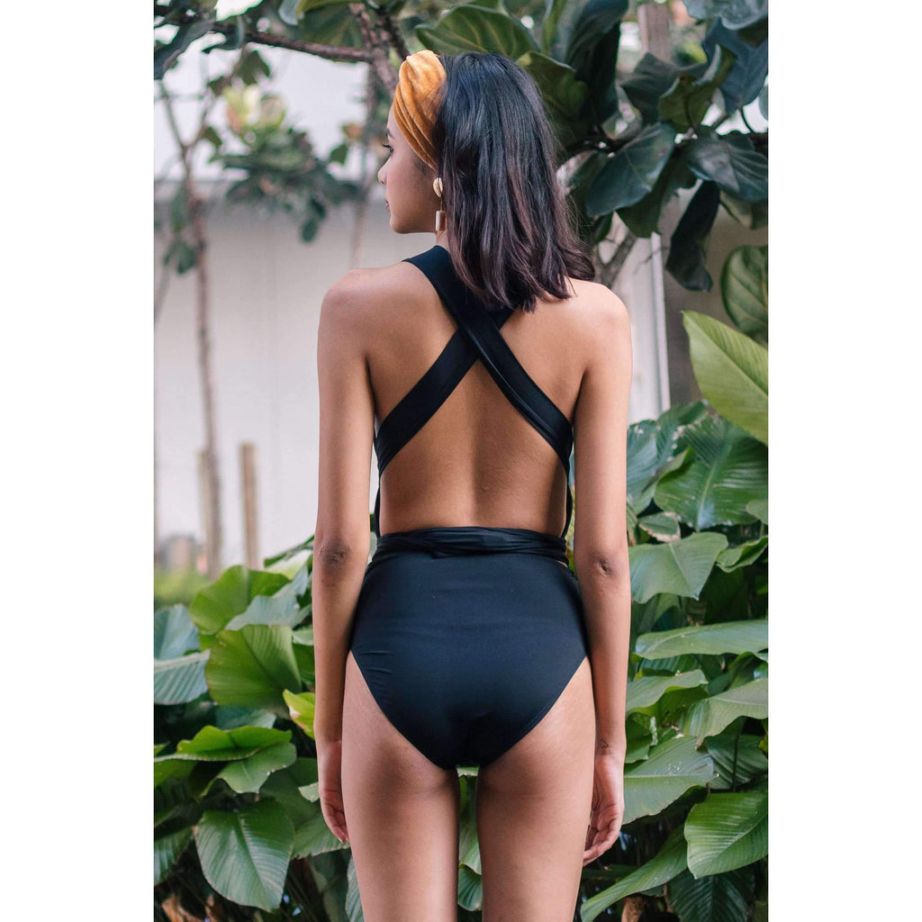 Pink N' Proper:Signature Infinity Anggun Convertible Swimsuit in Black