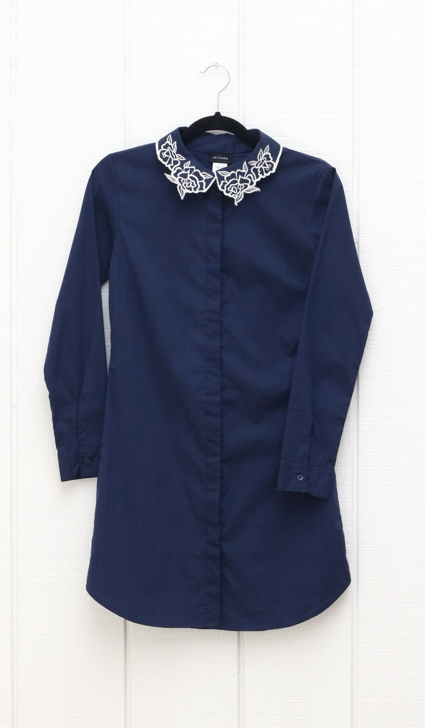 Wardah Long Embroidered Collar Dress Shirt - Navy