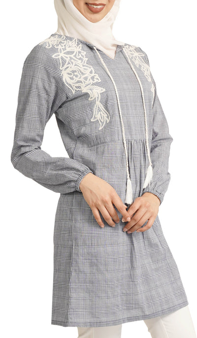 Amaya Long Embroidered Cotton Tunic Dress - Navy and White