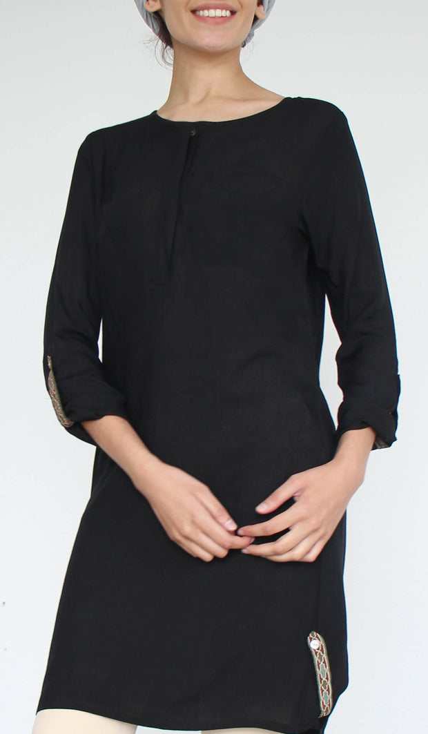 Bela Embroidered Modest Buttondown Tunic - Black