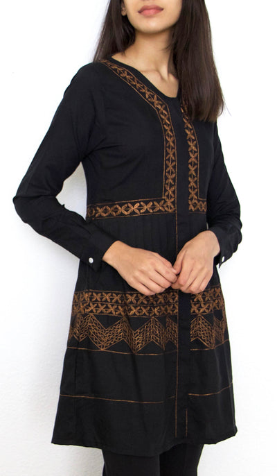 Darvi Embroidered Modest Buttondown Tunic - Black