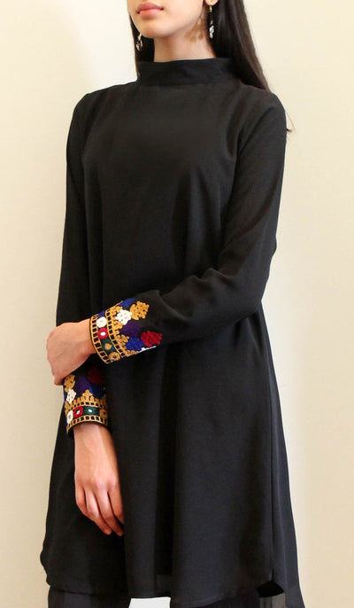 Nasrin Embroidered Long Modest Tunic - Black