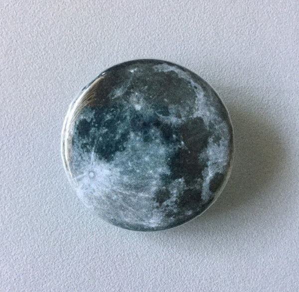 Full moon button - Radical Buttons