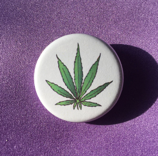 Cannabis leaf button - Radical Buttons
